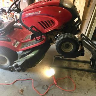 300 Lbs  ATV/Lawn Mower Lift