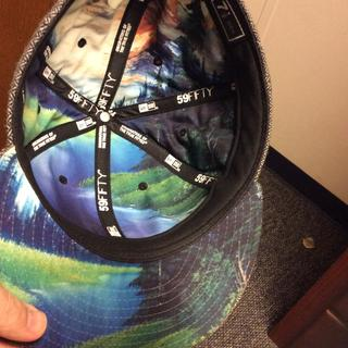 Under bill and inside hat painting graphic = sick.