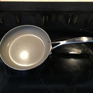 Non-stick ceramic cleans very easily.