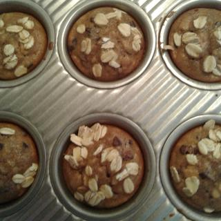 Cacao-banana oatmeal muffins