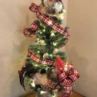 """Christmas at the hen house"" , themed tree"