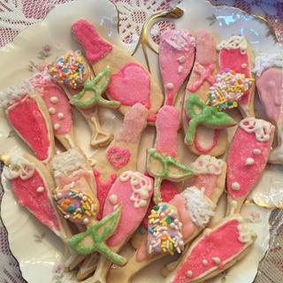 delicious decorated butter cookies for a retirement party.  So cute and easy to use.