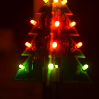 velleman 3d christmas tree kitmy 8 year old daughter went with yellow, red, red and green lights