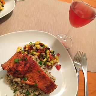 Grilled Salmon with Brown and Wild Rice Pilaf and Fresh Mango Salad
