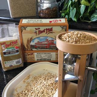 Schnitzel flaker mill.
