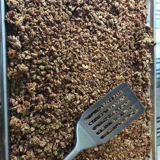 Homemade soaked granola