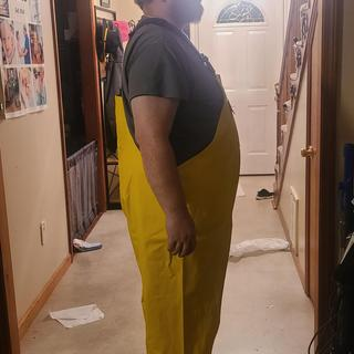 4xl 5ft 11 in 315 lbs