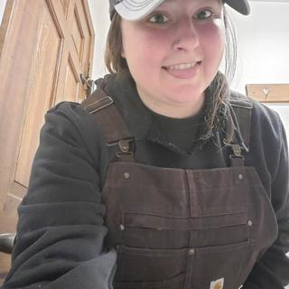Love my bibs!Went ice fishing the next day(Maine)and caught a nice brook trout! Easytopeeoutsidewith