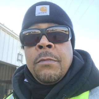 I LOVE my fleece neck gaiter! I work outside in MI. I can be a PERFECT spokesperson for Carhartt!