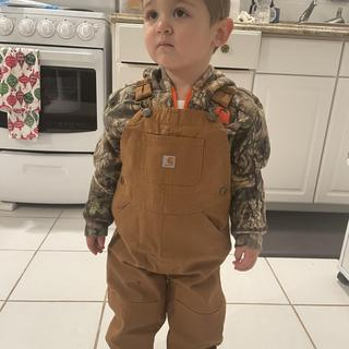 My son loves the hoodie and overalls I got em!